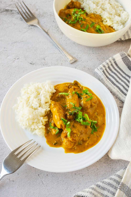 Vadouvan Curry Chicken in Bowls.