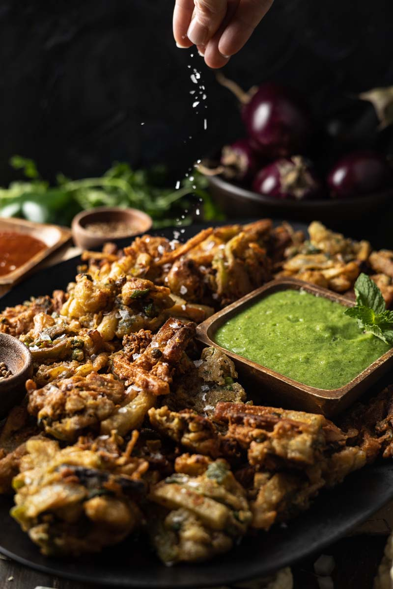 platter of vegetable pakoras